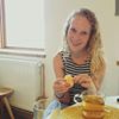 Janine zoekt een Kamer / Studio / Appartement in Den Bosch