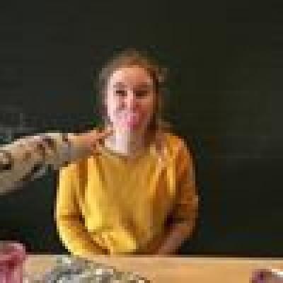 Naomi zoekt een Kamer / Studio / Appartement in Den Bosch